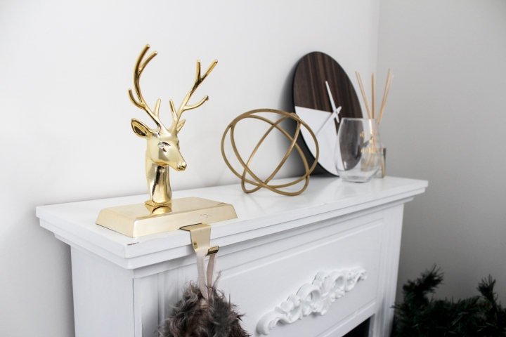 How to Decorate a Small Space for Christmas